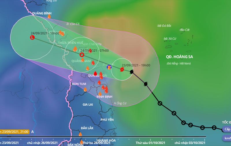 Bão số 6 giật cấp 10 đang ở trên vùng biển Quảng Trị đến Quảng Ngãi - ảnh 1