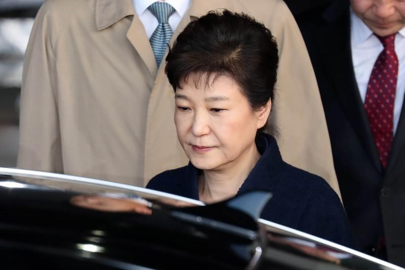 Bà Park Geun-hye từ chối xem TV, đọc báo trong tù - ảnh 1