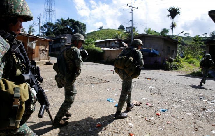 Philippines lo IS đánh chiếm thêm thành phố mới - ảnh 3