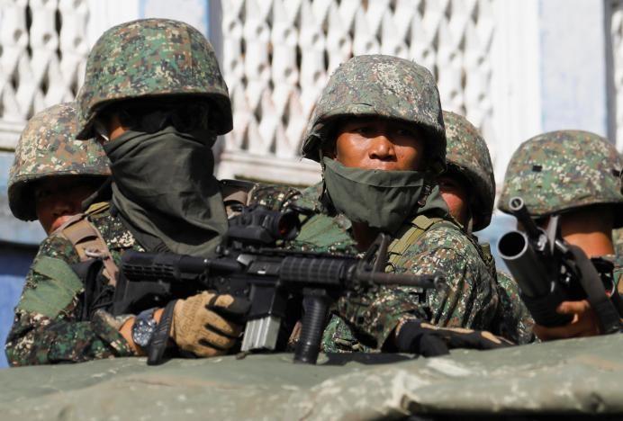 Philippines lo IS đánh chiếm thêm thành phố mới - ảnh 4