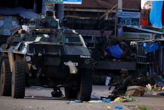 Philippines lo IS đánh chiếm thêm thành phố mới - ảnh 5