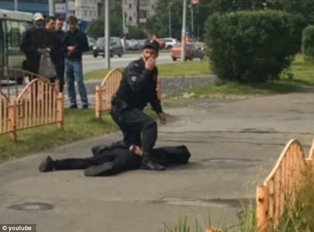Tấn công bằng dao ở Nga, 7 người nguy kịch - ảnh 1