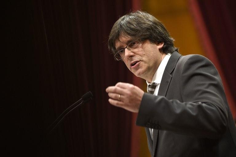 Catalonia sẽ ly khai nếu bị tước quyền tự trị - ảnh 1