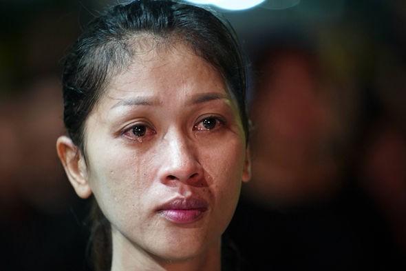 Cả Thái Lan bật khóc, tiễn tro cốt 'người cha vĩ đại' - ảnh 6