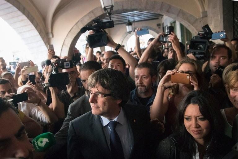Sợ bị truy tố, cựu thủ hiến Catalonia đào tẩu sang Bỉ - ảnh 1