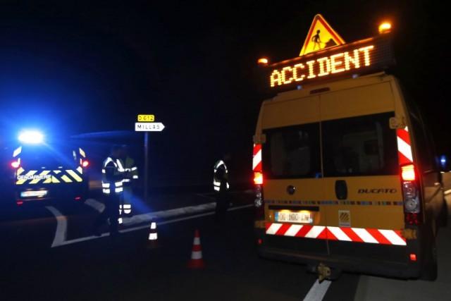 Tàu lửa đâm xe buýt đứt đôi, 4 học sinh thiệt mạng - ảnh 2