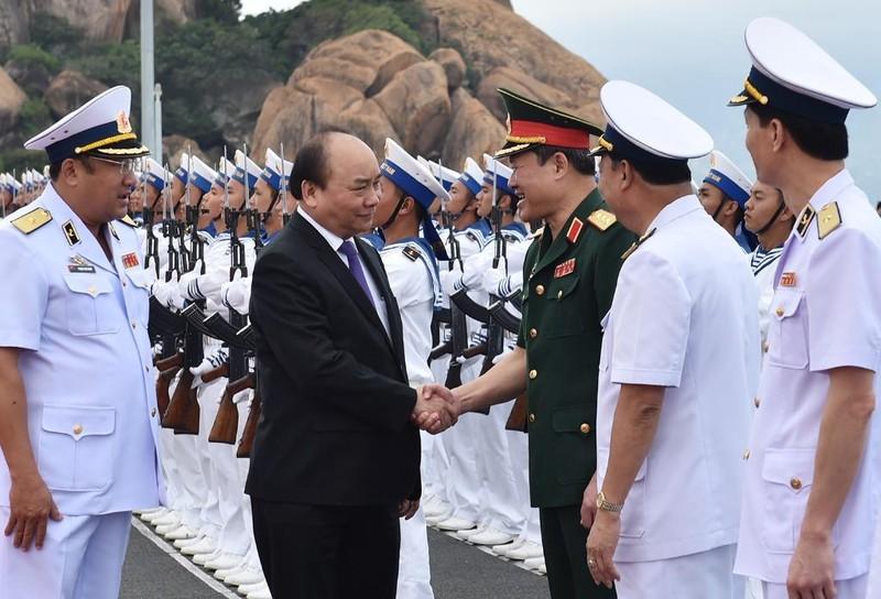 Thủ tướng dự lễ thượng cờ 2 tàu ngầm Đà Nẵng, BR-VT - ảnh 1