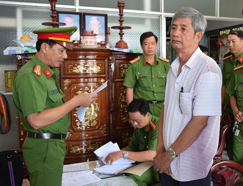 Nguyên giám đốc, phó giám đốc Sở KH&CN Trà Vinh bị bắt - ảnh 1