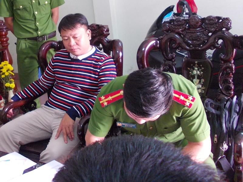 Giám đốc ở Đà Nẵng thu lợi hơn 2 tỉ từ hóa đơn khống - ảnh 1
