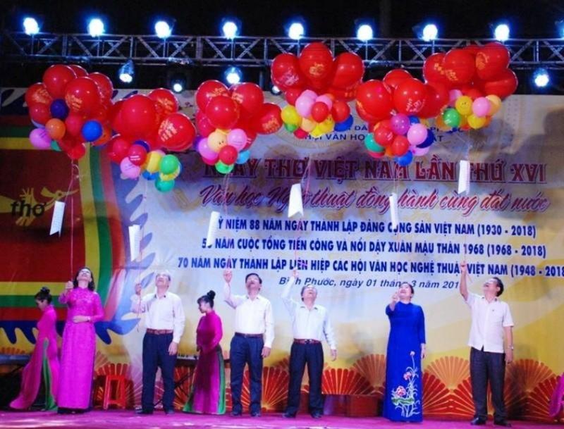 Bình Phước tổ chức Ngày thơ Việt Nam lần thứ 16 - ảnh 1