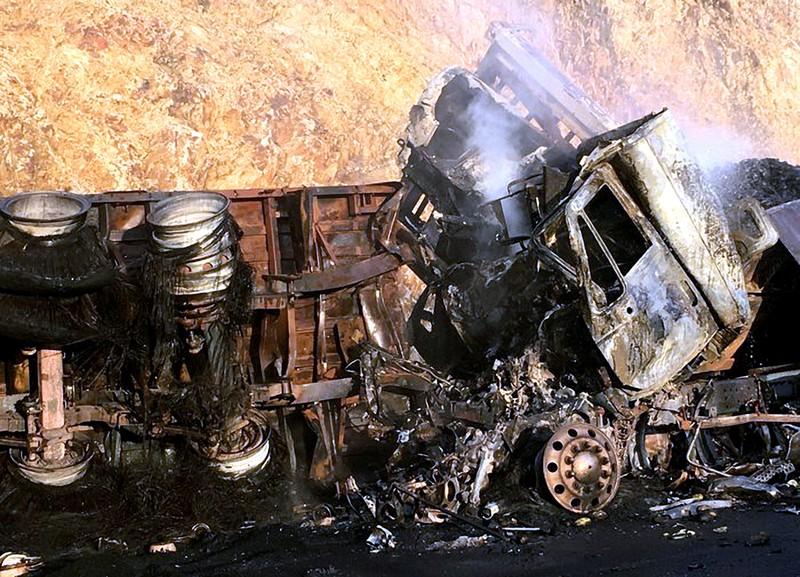 Ô tô bốc cháy, 3 người chết thảm - ảnh 3