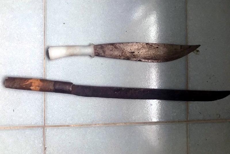 Khởi tố 5 trai làng phóng dao làm 2 người thương vong - ảnh 2