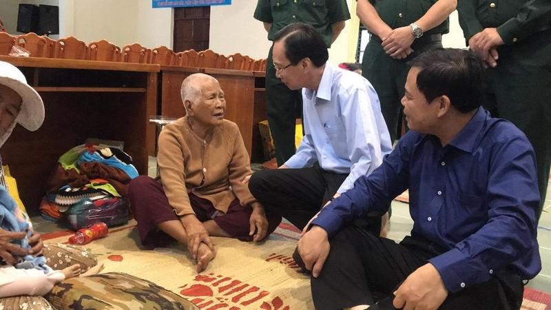 Bộ trưởng Nguyễn Xuân Cường thị sát chống bão tại Cần Giờ - ảnh 3