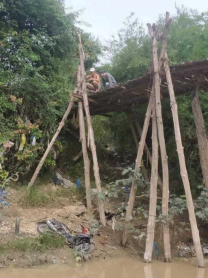 Bình Thuận yêu cầu kiểm tra vụ người chết do lọt cầu - ảnh 1