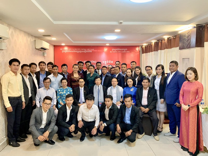 Lớp bồi dưỡng kỹ năng điều tra cho các nhà báo Campuchia - ảnh 1