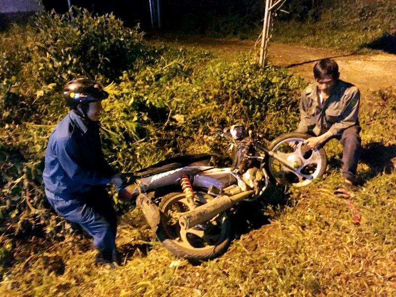 3 xe máy tông nhau, 3 người cầm lái tử vong - ảnh 2