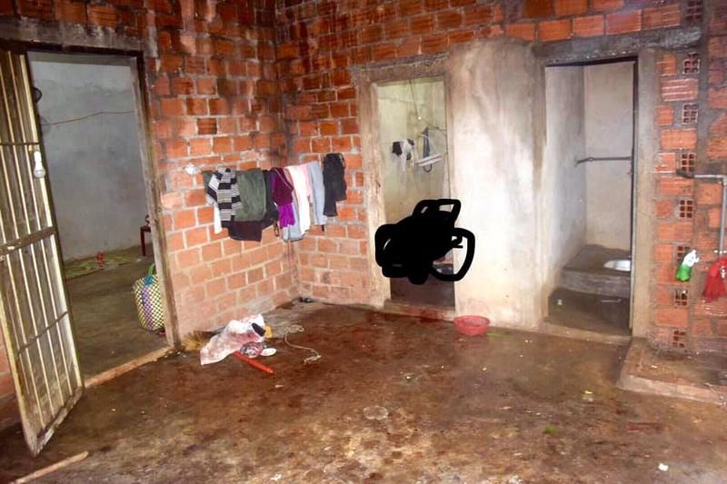 Nghi án chồng giết vợ trong phòng tắm rồi tự sát - ảnh 1