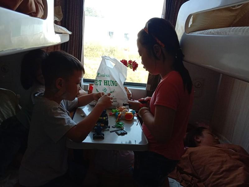 Chuyện thú vị trên chuyến tàu xuân Canh Tý - ảnh 3