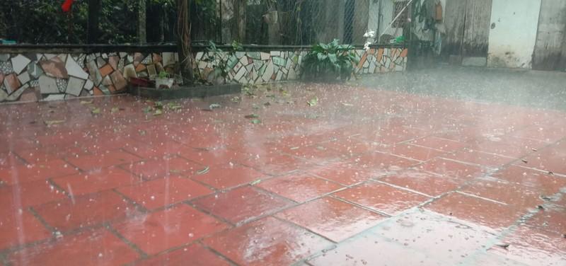 'Mưa đá' mùng 1 tết là hiện tượng thời tiết đặc biệt - ảnh 2
