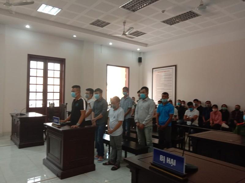 3 bị cáo được thả tại tòa - ảnh 1