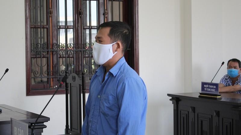 Cựu cán bộ địa chính xã ở Bình Chánh khai bị chủ đầu tư đe dọa - ảnh 1