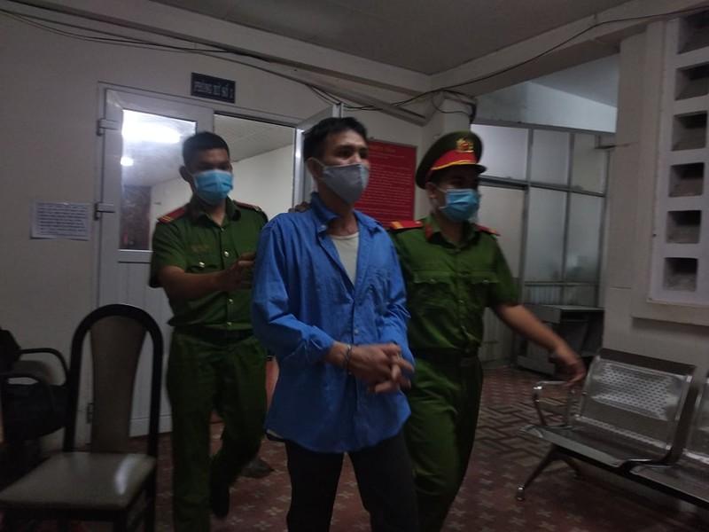 15 năm tù vì hiếp dâm con riêng của người sống như vợ chồng - ảnh 1