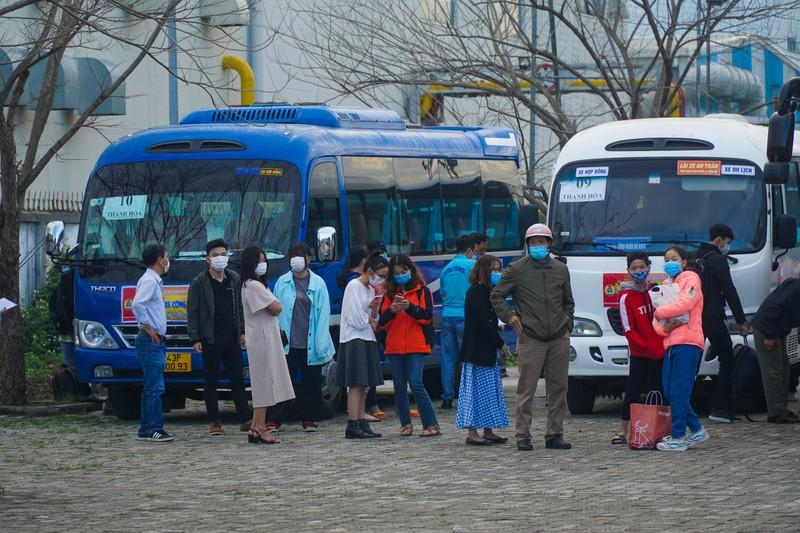 79 chuyến xe miễn phí đưa 3.000 công nhân về quê đón Tết - ảnh 2