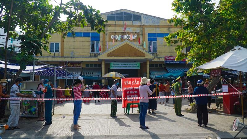 Đà Nẵng: Xét nghiệm hơn 500 tiểu thương liên quan BN 2989 - ảnh 1