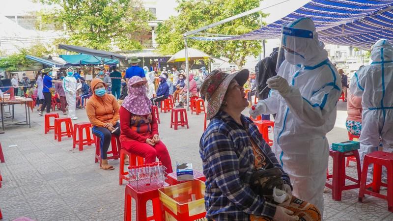 Đà Nẵng: Xét nghiệm hơn 500 tiểu thương liên quan BN 2989 - ảnh 5