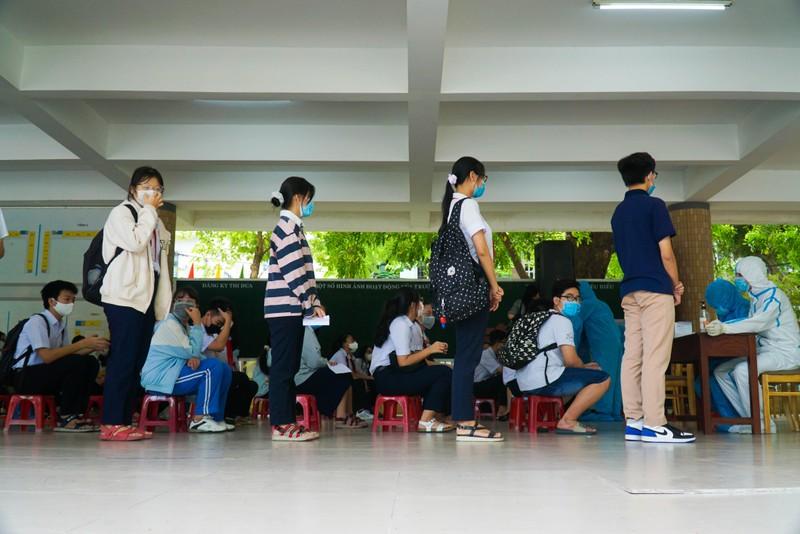 Đà Nẵng: Hơn 13.000 học sinh thi vào lớp 10 được xét nghiệm COVID-19 - ảnh 1