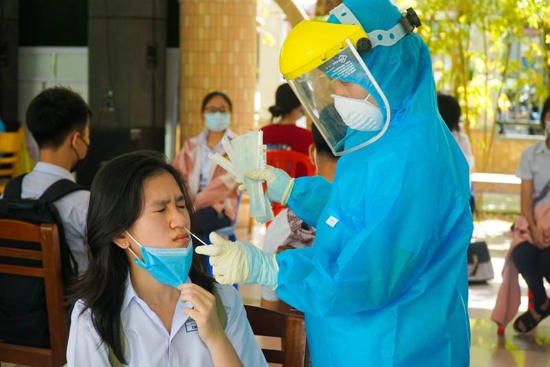 Đà Nẵng: Hơn 13.000 học sinh thi vào lớp 10 được xét nghiệm COVID-19 - ảnh 2