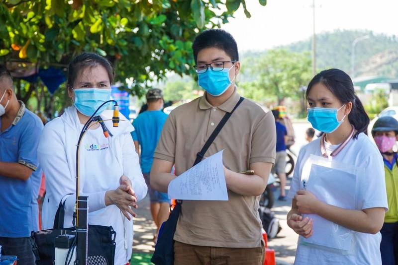 Đà Nẵng đón hơn 17.000 giáo viên, học sinh trở lại TP - ảnh 7