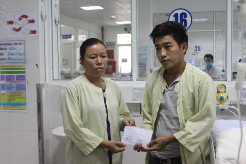 Trao gần 2,5 tỉ đồng cho các bệnh nhân vụ tai nạn xe rước dâu - ảnh 3
