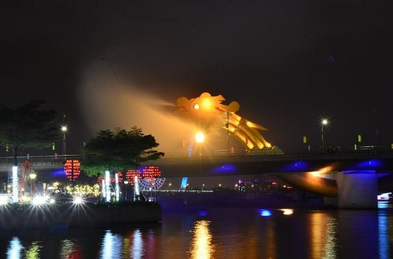Cầu Rồng tạm dừng phun lửa trong thời gian có dịch COVID-19  - ảnh 1