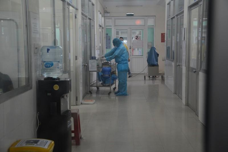 62 người bay cùng bệnh nhân 122 có kết quả xét nghiệm âm tính - ảnh 1