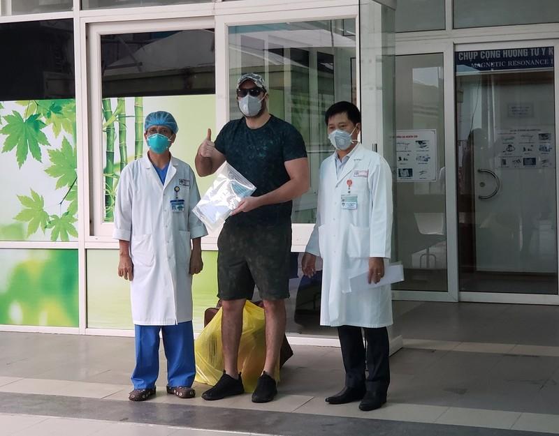 Bệnh nhân 68: 'Họ đã cứu mạng tôi. Tôi rất tự hào về Việt Nam' - ảnh 1