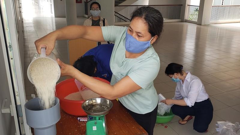 Cây 'ATM gạo' đặc biệt của người lao động nghèo Đà Nẵng - ảnh 4