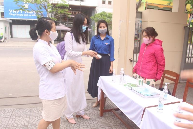 Đà Nẵng: Đảm bảo không có HS nghèo bỏ học vì dịch COVID-19 - ảnh 1