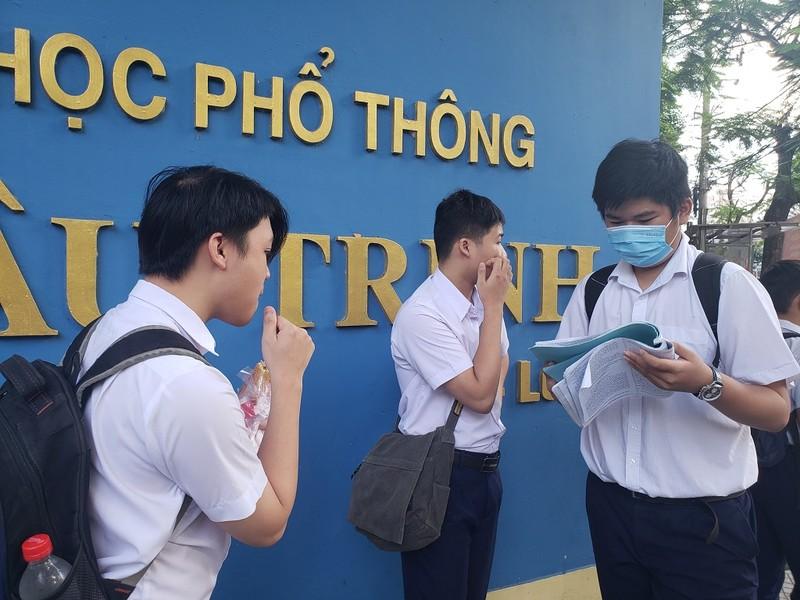 Hơn 13.000 HS Đà Nẵng chính thức bước vào kỳ thi lớp 10 - ảnh 4