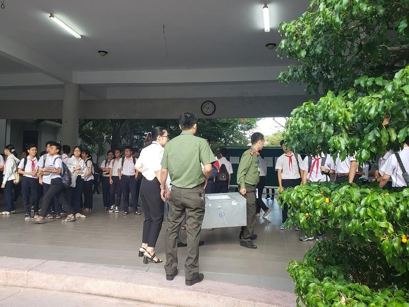 Hơn 13.000 HS Đà Nẵng chính thức bước vào kỳ thi lớp 10 - ảnh 2