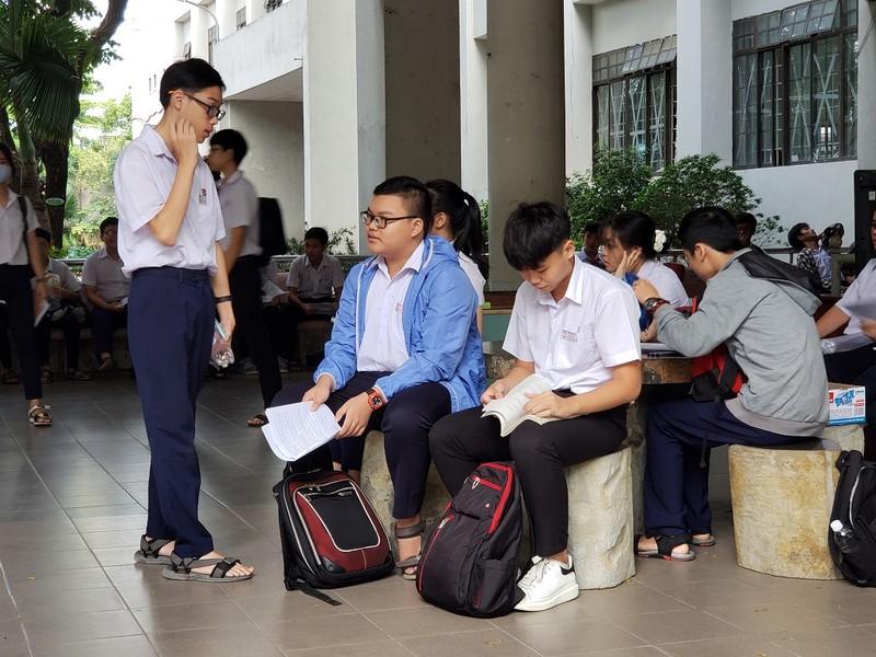 Hơn 13.000 HS Đà Nẵng chính thức bước vào kỳ thi lớp 10 - ảnh 1