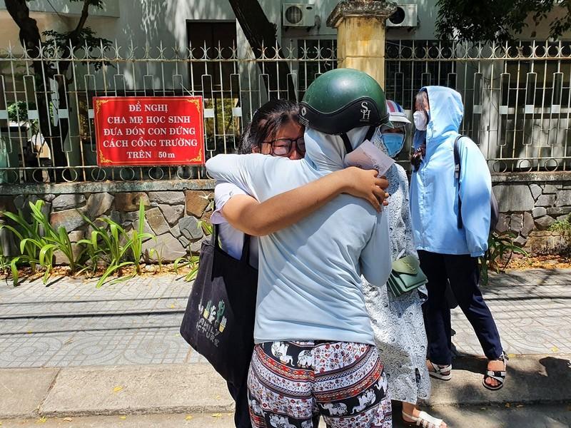 Thi lớp 10 ở Đà Nẵng: Học sinh thở phào với đề toán - ảnh 4