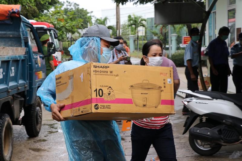 Bệnh viện dã chiến ở Hòa Vang bắt đầu đón bệnh nhân COVID-19 - ảnh 4