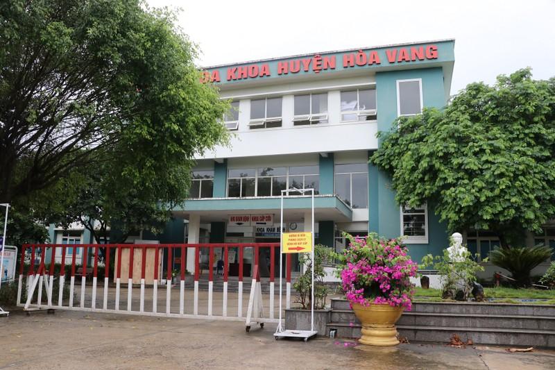 Bệnh viện dã chiến ở Hòa Vang bắt đầu đón bệnh nhân COVID-19 - ảnh 1