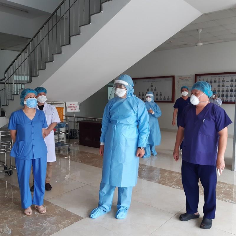 Đà Nẵng: 7 bệnh nhân âm tính lần một với COVID-19 - ảnh 1