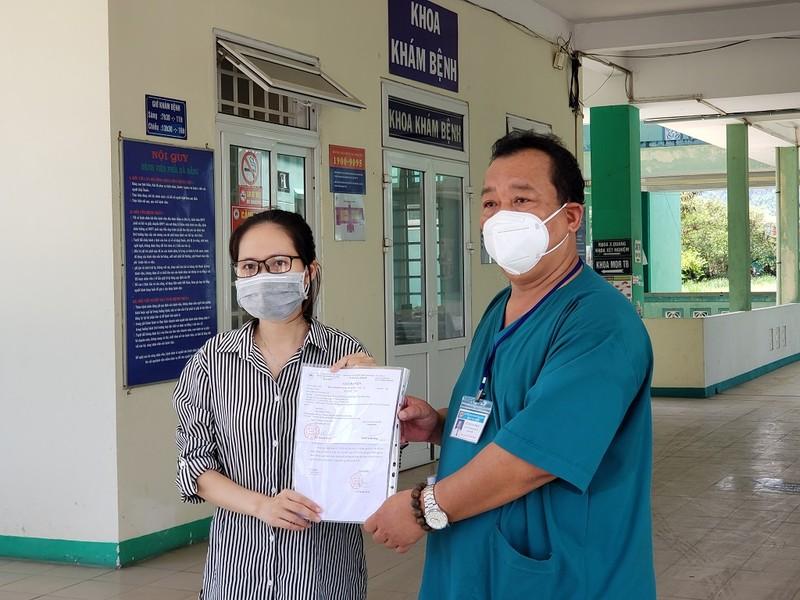 1 bệnh nhân COVID-19 rất nặng ở Đà Nẵng được công bố khỏi bệnh - ảnh 1
