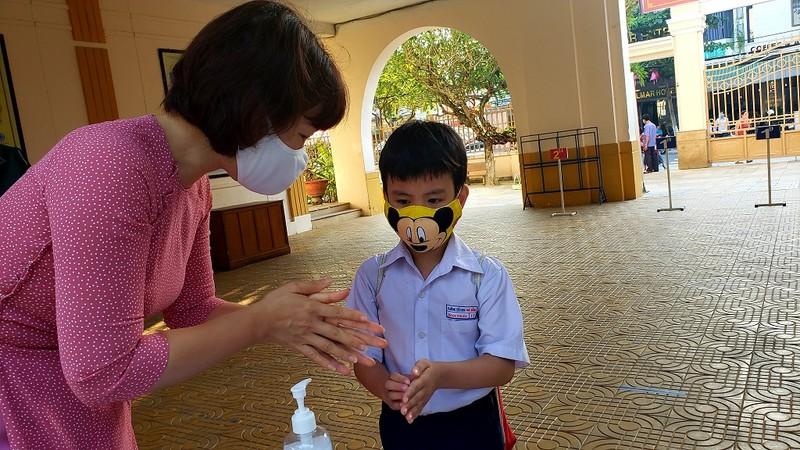 Đà Nẵng miễn 4 tháng học phí cho học sinh do COVID-19  - ảnh 1