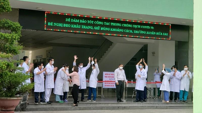 Chính thức dỡ phong tỏa bệnh viện lớn nhất Đà Nẵng - ảnh 1