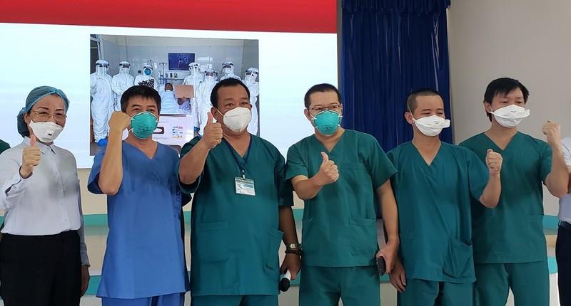 Bệnh nhân nặng 416 đã 3 lần liên tiếp âm tính với COVID-19 - ảnh 1