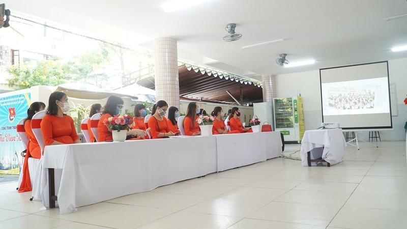 Lễ khai giảng đặc biệt chưa từng có của học sinh Đà Nẵng - ảnh 1